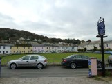 The Potters Mooring faces the village green in Shaldon, where bowling events are frequently held. There are several pubs within easy walking distance (including one next door!). The village is a peaceful and pleasant place to stay.