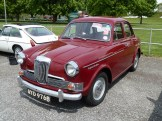 I spotted this smart Riley one Point Five on offer at Beaulieu; yes, I was tempted…