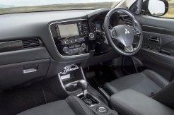 Mitsubishi Outlander diesel automatic front interior
