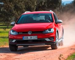 VW Golf Estate Alltrack front action copy