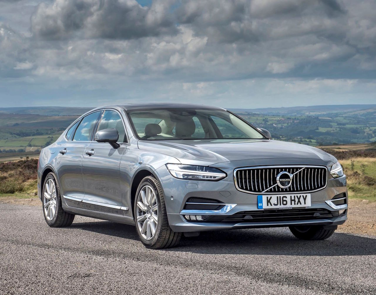 volvo-s90-d4-static-side-and-front-copy