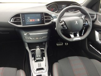 Peugeot 308GT Line auto driving controls