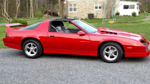 small resolution of 1985 chevy iroc z with 16x8 american racing torq thrust ii s