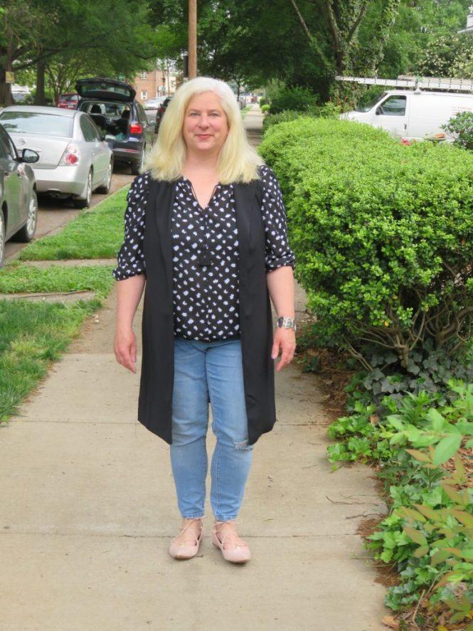 A Lightweight Vest! | www.whenthegirlsrule.com