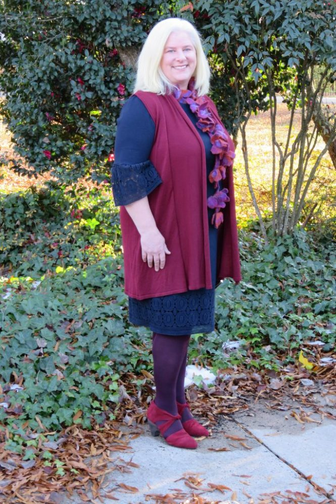 Colorful Dress Outfit for Plus Size Women! | www.whenthegirlsrule.com