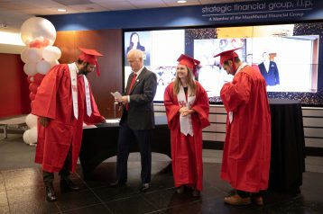 Executive_Education_Graduation-0036