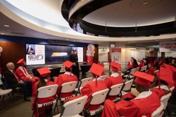 Executive_Education_Graduation-0077
