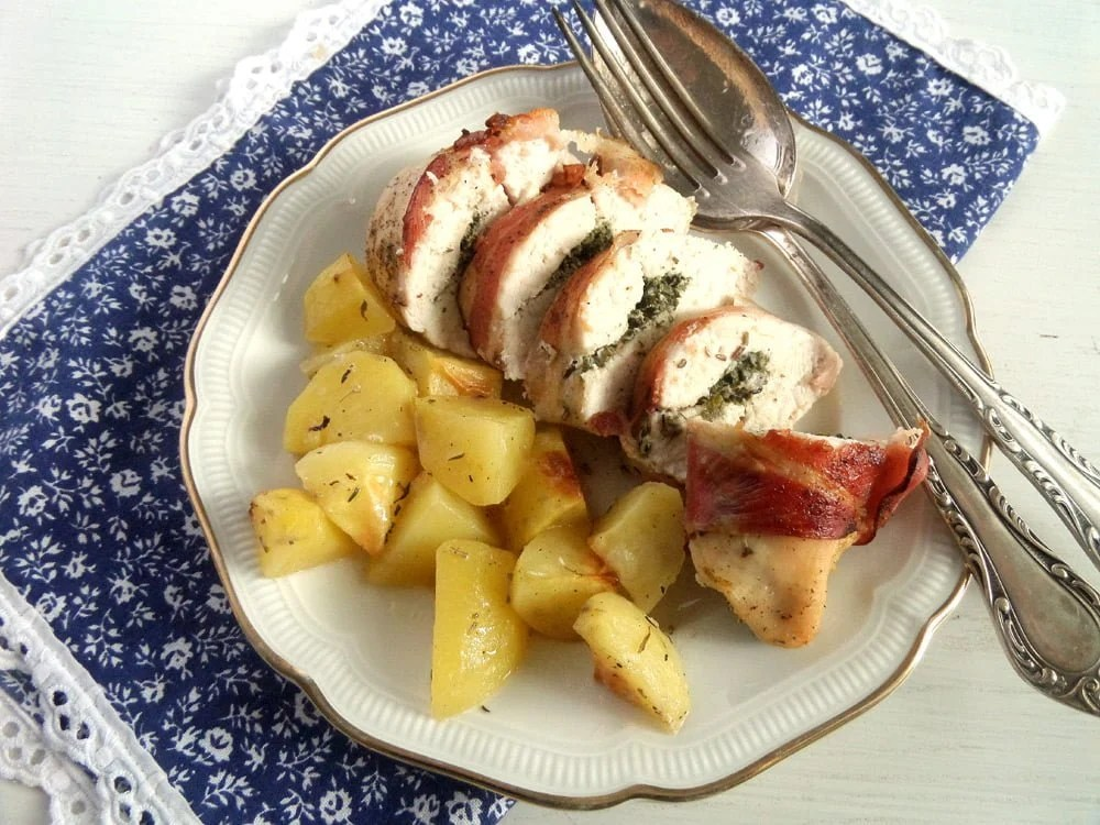 chicken rolls potatoes Chicken with Strawberry Chutney
