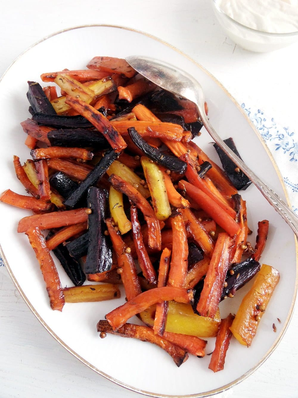 carrots glazed Honey Glazed Carrots With Tahini Dip