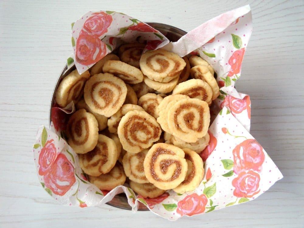walnut cookies Walnut Marzipan Cookies