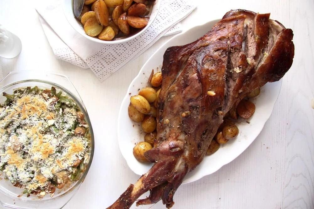 roast lamb easter Basic Roast Leg of Lamb with White Wine and Potatoes