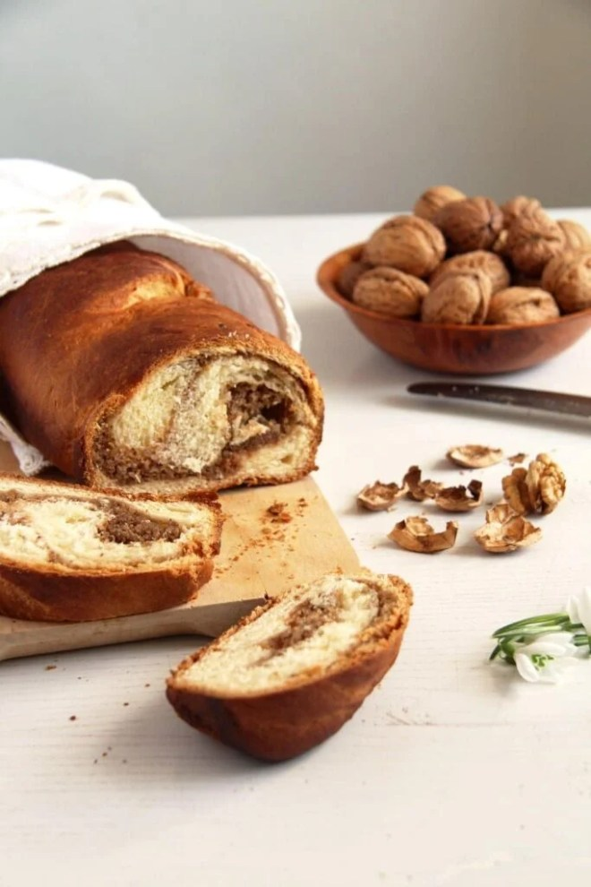 sweet bread walnuts 683x1024 Romanian Sweet Bread with Walnuts – Cozonac