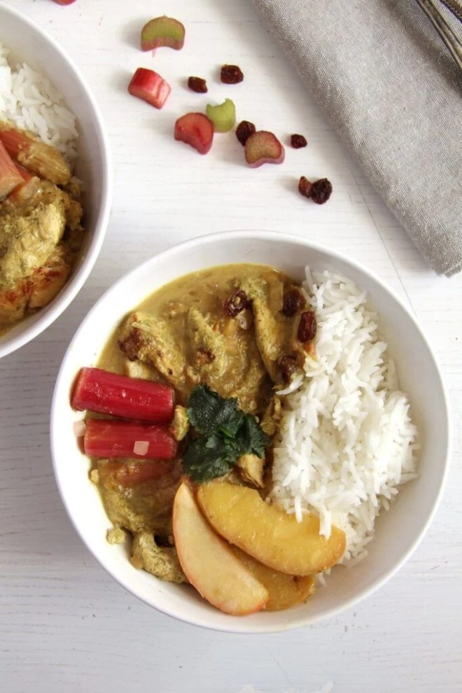 rhubarb chicken apples 683x1024 Rhubarb Chicken Green Curry with Coconut Milk and Raisins