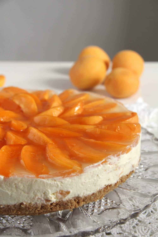 apricot white chocolate White Chocolate Apricot Cheesecake