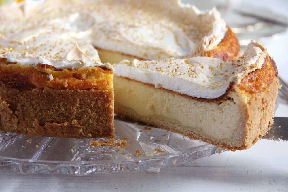 german cake meringue German Cheesecake