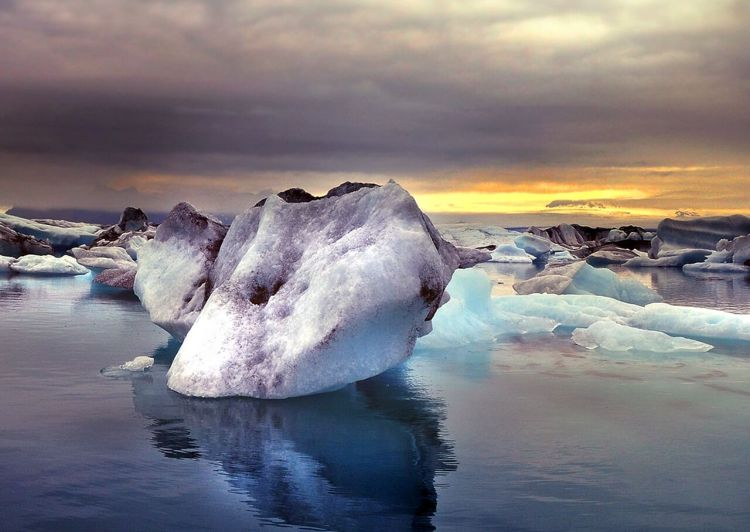 icelands wilderness where is tara povey irish travel blogger
