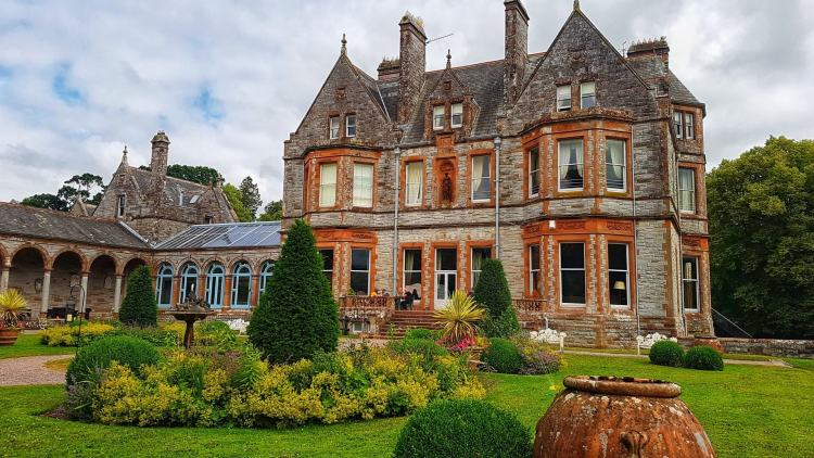 Things to do in Monaghan Ireland castle leslie