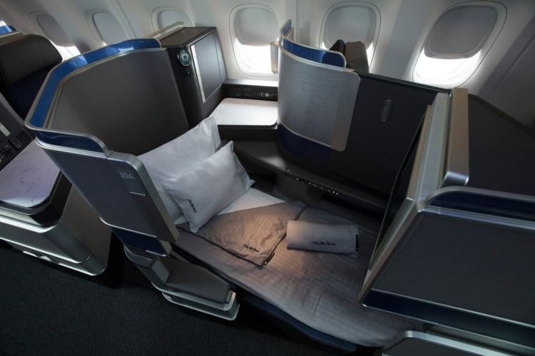 united polaris business class lie flat