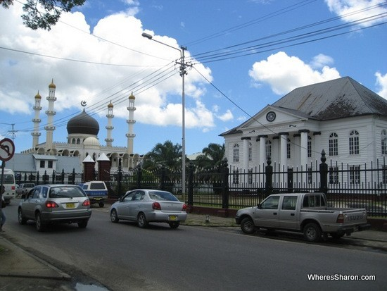 Mosque and synagogue in paramaribo suriname