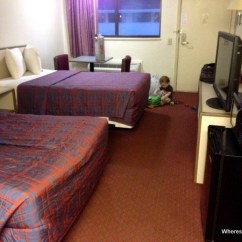 Breakfast Table And Chairs Set Chair Covers At Home Goods Cheap Motel Chains On Our Usa Road Trip - Family Travel Blog With Kids