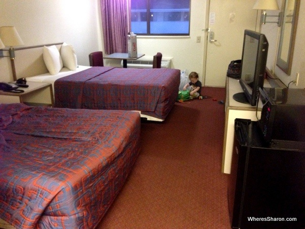 breakfast table and chairs set chairman meaning in hindi cheap motel chains on our usa road trip - family travel blog with kids