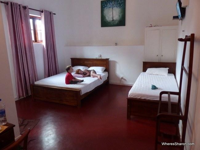 room at the Araliya Villa Fort