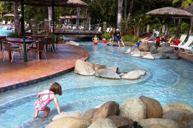 what to take to fiji with kids
