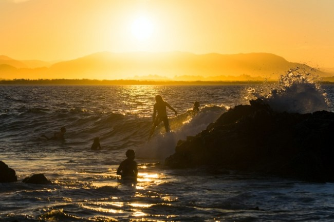 what to do in byron bay Australia -surfing!