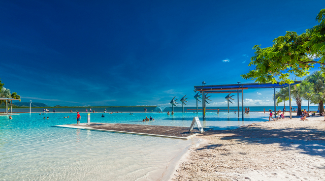 things to see and do in port douglas cairns Lagoon