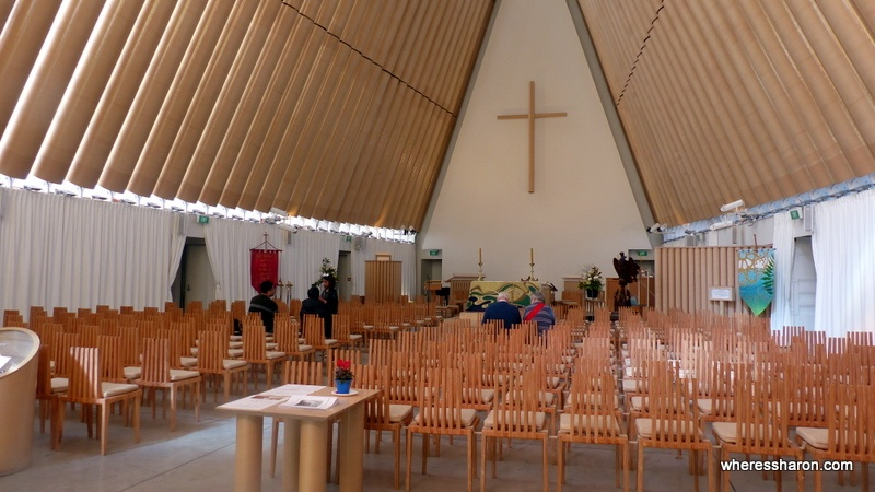 christchurch tourist attractions at the Cardboard Cathedral