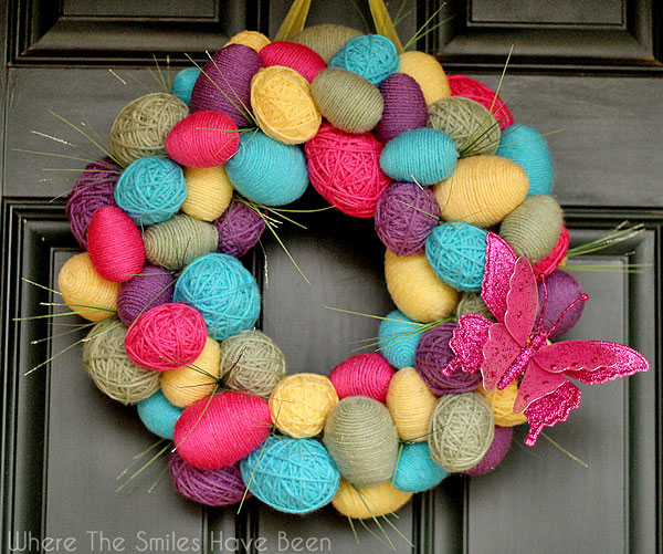 DIY Spring Easter Egg Wreath | Where The Smiles Have Been #spring #Easter #EasterEgg #SpringWreath #EasterWreath #yarn #yarnwrapped