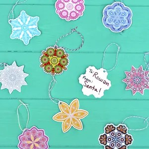 Free Printable Colorful Snowflake Gift Tags!