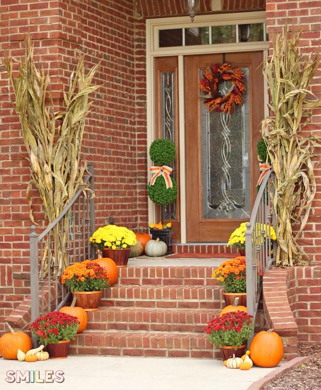 Fall Front Porch Decor: Our Happy Harvest At Home