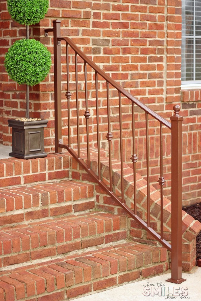 How to Repaint Metal Porch Railings & Add Instant Curb Appeal   Where The Smiles Have Been #curbappeal #repaintingrailings #homeimprovement #DIY #porch