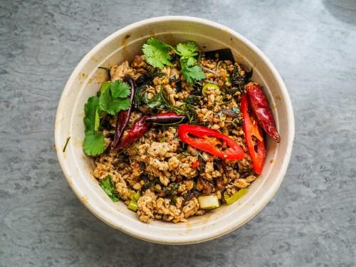 THAI-EMOTION-Delivery-ensalada-de-pollo