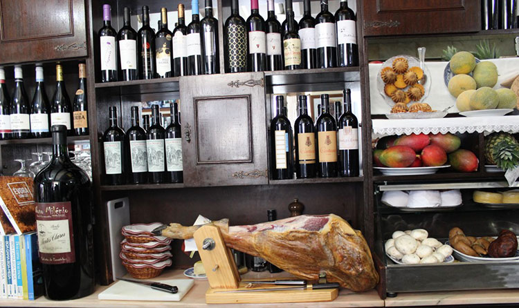To spread the word: Botequim Da Mouraria, The Ultimate Culinary Experience