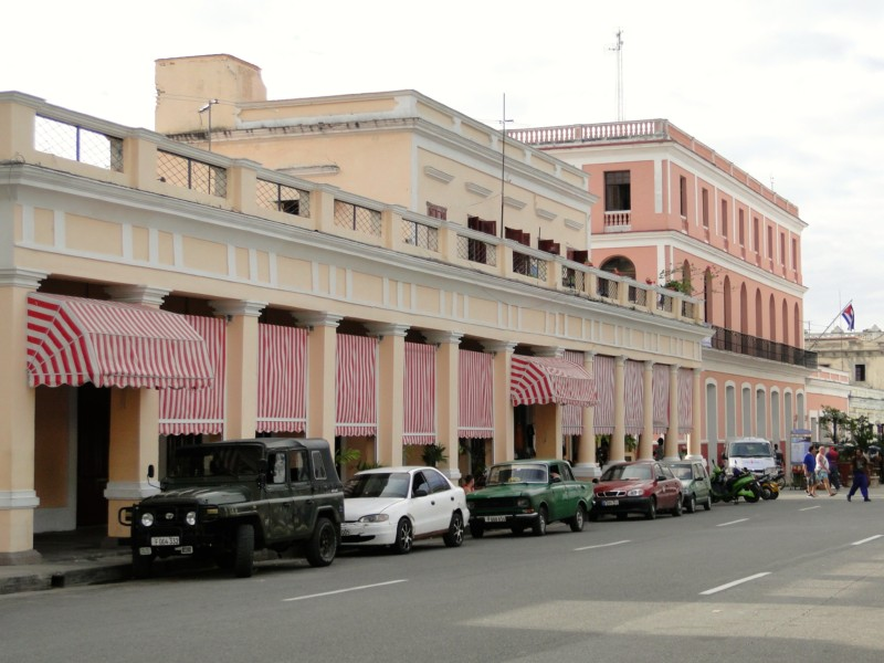 It is not surprising to see a classic building like this in the color of pink in Cuba.