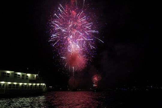 San Francisco 4th of July Fireworks on the water