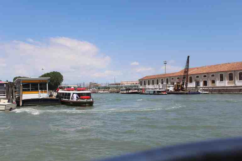 24 hours in Venice: the vaporetto