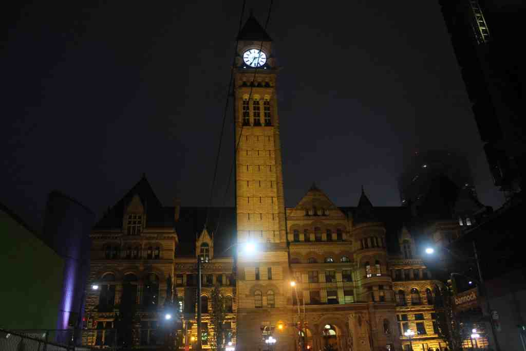 Free things to do in toronto - Old City Hall