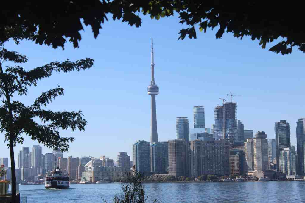 Free things to do in toronto - Toronto Islands ferry