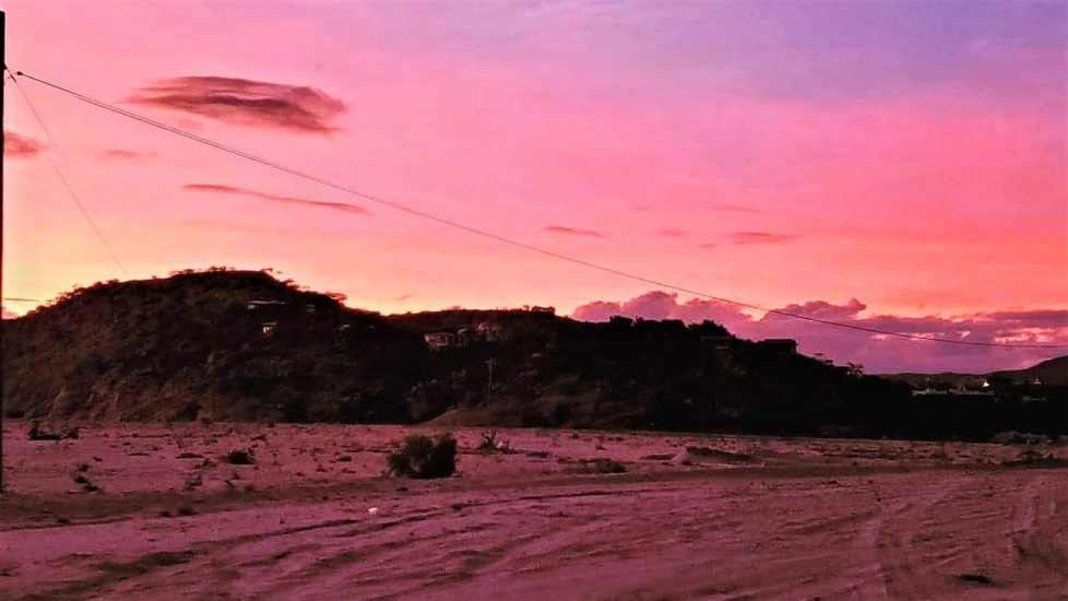Sunset over the arroyo in Los Barrlies.