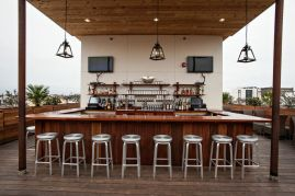 Stars Restaurant - Rooftop Bar & Grill Room