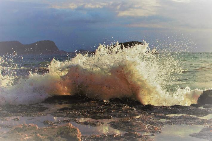 HC - Ibiza Wave - Kathleen Dodds