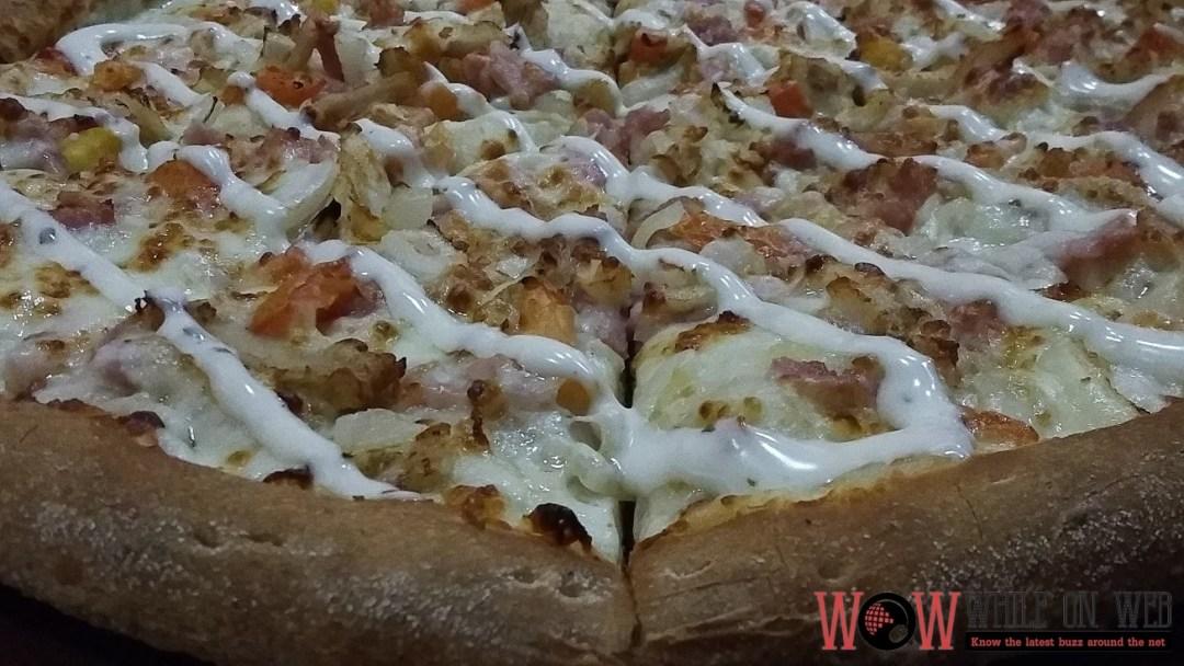 Papa John's Chicken Bacon Ranch pizza