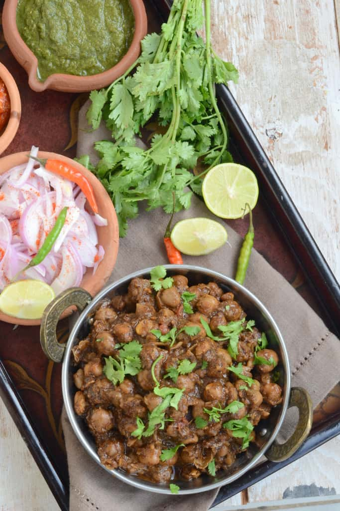Pindi Chana Masala is a very popular dish from the state of Punjab. It tastes yummier with laccha parathas, naan or kulchas.