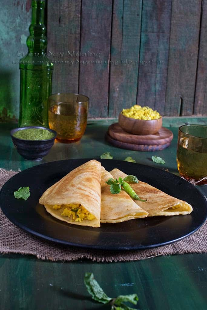 Paneer Moong Dal Chila / Lentil Crepe with Cottage Cheese Stuffing
