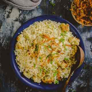 Nicely sauteed, Gobhi Ka Pulao has this rich flavour of ghee, spices such as cloves and shahi zeera. Serve it with raita and savour a healthy meal!