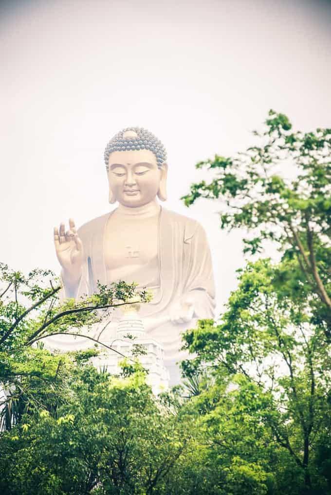 Day 2 in Taiwan – Buddha Museum, Cultural Village, Sun Moon lake, Hot Spring experience, Taiwan Travel Blog