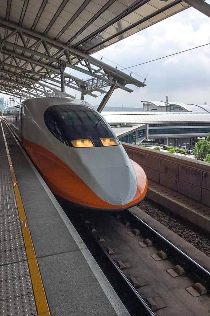 Day 4 in Taiwan – Rainbow Military Housing, Taiwan High Speed Rail, Taipei City Mall, National Memorial hall, Taiwan Travel Blog